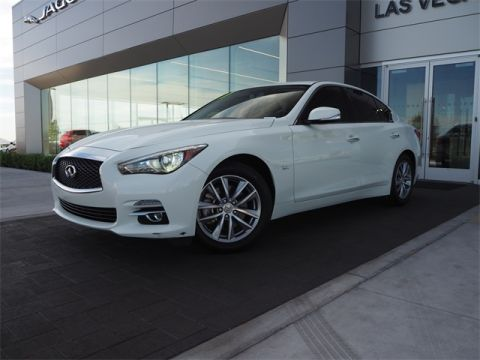 Pre-Owned 2017 INFINITI Q50 2.0t Base